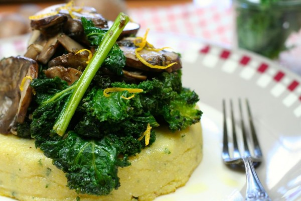 Sauté de kale et champignons et sa polenta crémeuse